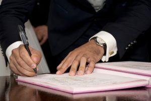 Kiedy wymagane jest złożenie podpisów przez wszystkich członków zarządu spółki z o.o.