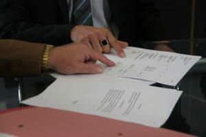 Czy prokurent może podpisać sprawozdanie finansowe